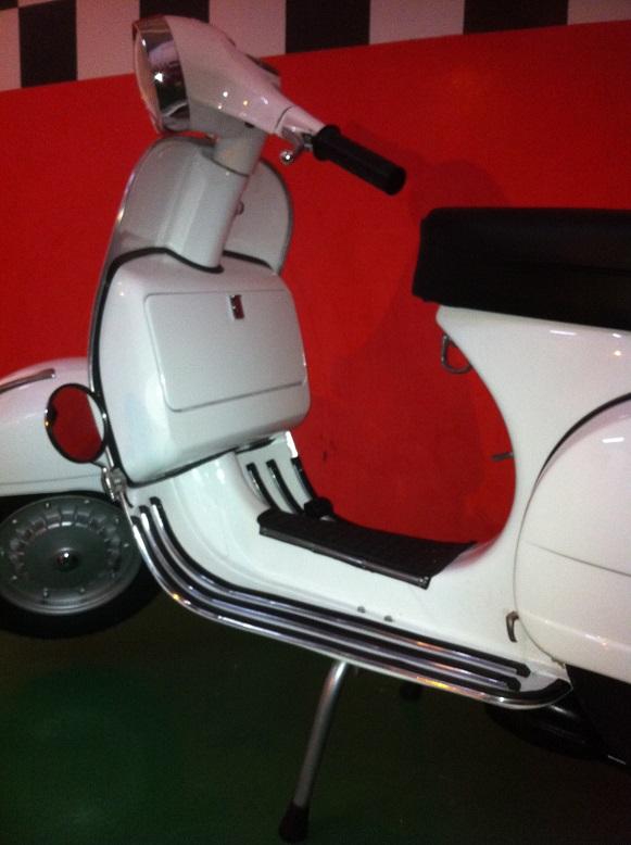 Vespa DS200