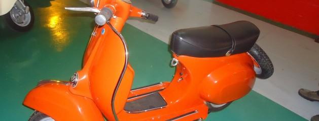 Vespa SL125