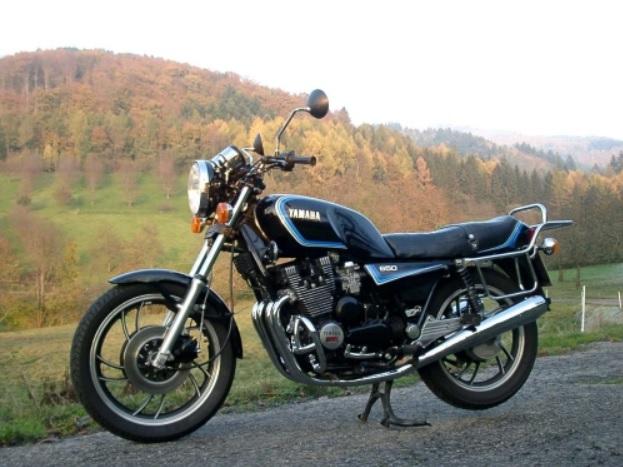 Yamaha XJ650 transformada